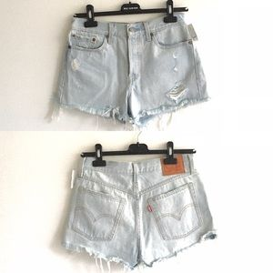 LEVI's Cut Off Denim Shorts Light Blue 27